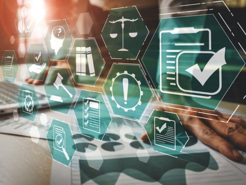 Effektives Compliance Management in Unternehmen: Bedeutung, Chancen und Herausforderungen.